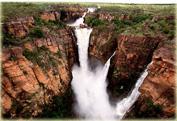 Ущелье Какаду и водопады Джим-Джим и Твин на внедорожнике
